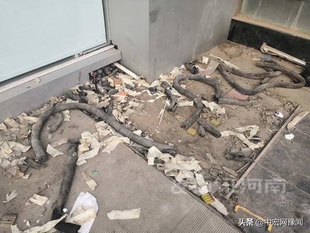 银行跑了!建设银行郑州中方园支行拖欠巨额房租连夜跑路储户恐慌